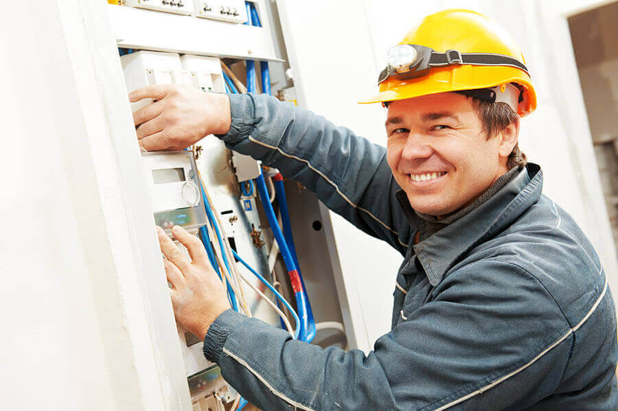 Этапы работа прокладки электрики в квартире