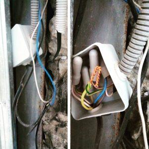 Неправильная разводка электрики в квартире - причина пожаров!