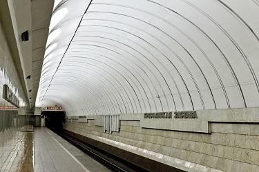 Станция метро Крестьянская застава