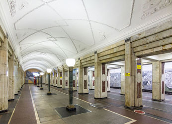 Семеновская станция метро