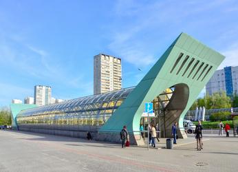 Станция метро Строгино